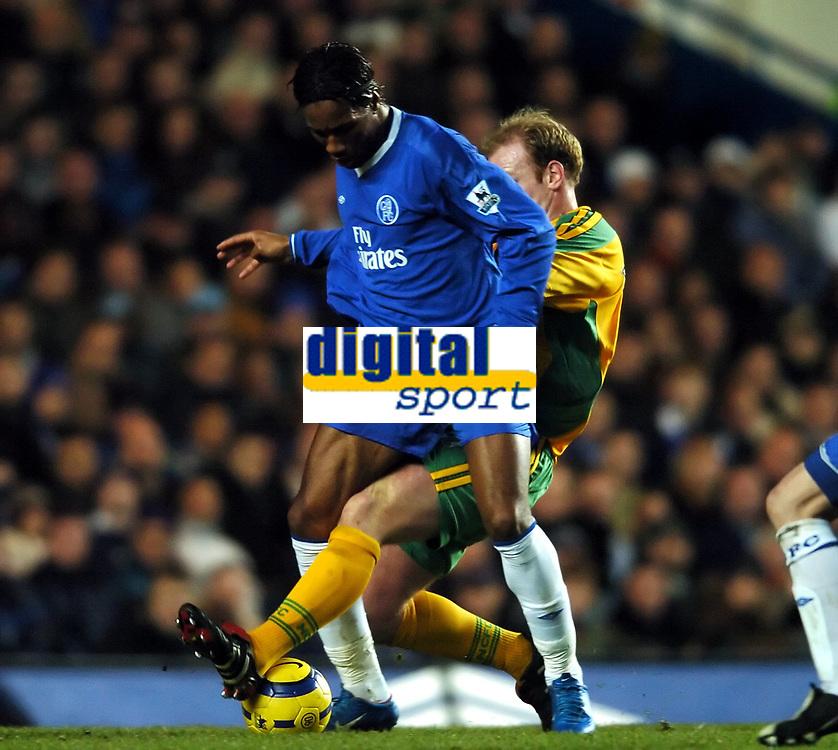 Fotball<br /> Premier League 2004/05<br /> Chelsea v Norwich<br /> 18. desember 2004<br /> Foto: Digitalsport<br /> NORWAY ONLY<br /> Didier Drogba <br /> Chelsea  2004/05<br /> Gary Doherty Norwich City