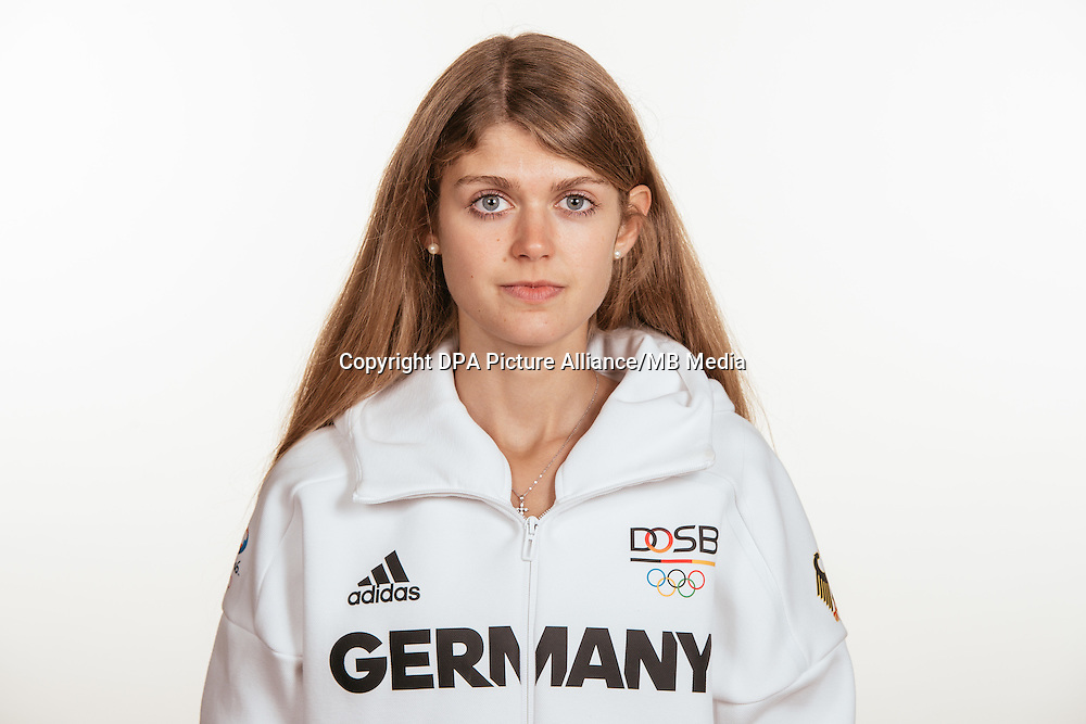 Konstanze Klosterhalfen poses at a photocall during the preparations for the Olympic Games in Rio at the Emmich Cambrai Barracks in Hanover, Germany, taken on 15/07/16 | usage worldwide