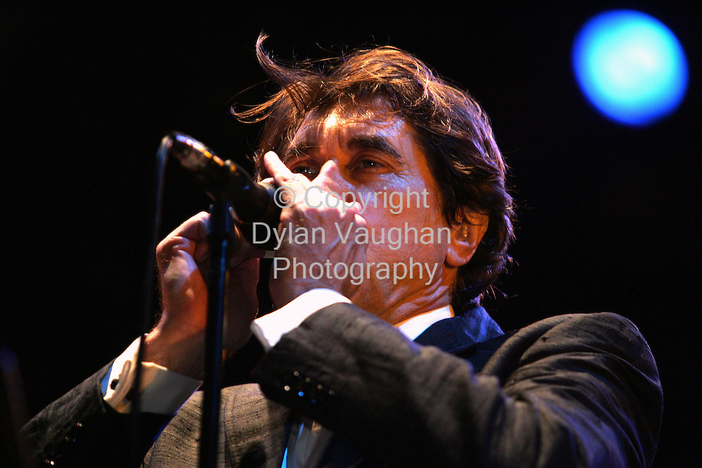 18/7/2004.Bryan Ferry pictured on stage at the Smithwicks Sourc e festival in Nowlan Park Kilkenny yesterday..Picture Dylan Vaughan