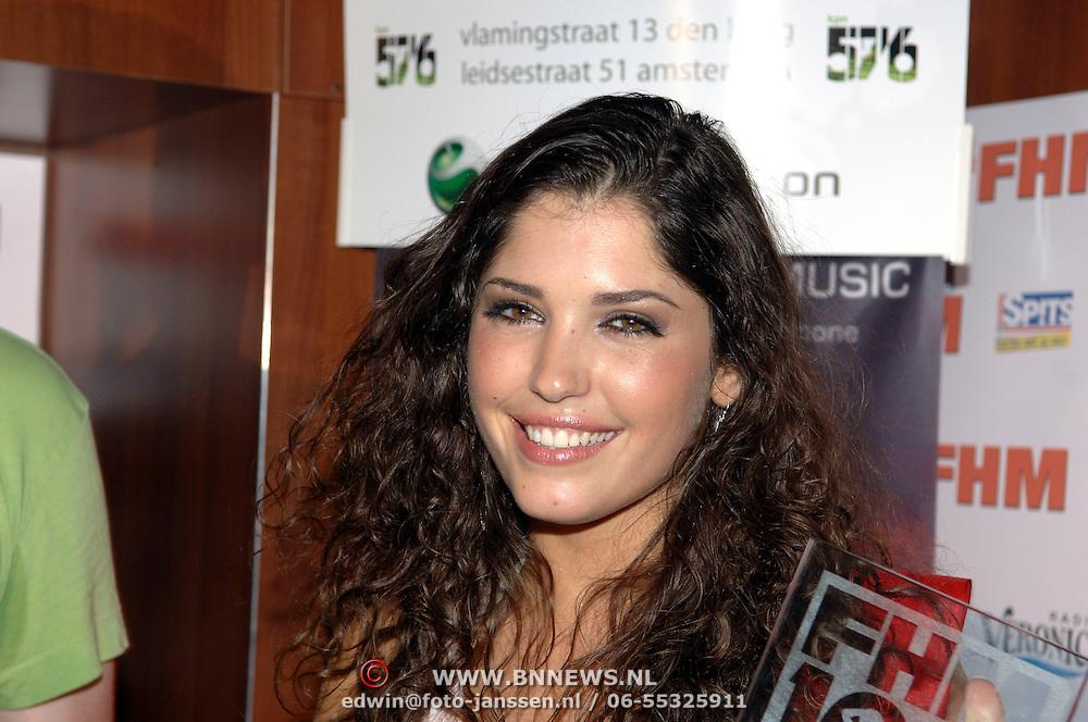 NLD/Amsterdam/20060613 - Uitreiking FHM 100 sexiest vrouwen 2006, winnares Mest sexy vrouw 2006 Yolanthe Cabau van Kasbergen