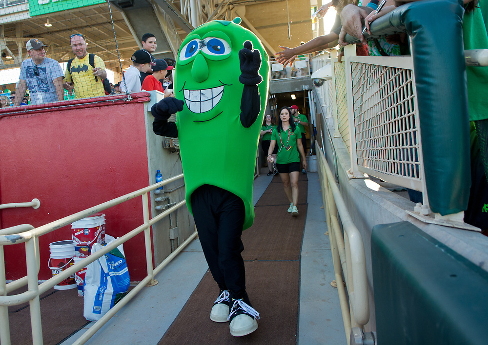 Albuquerque Green Chile Cheeseburgers v. Fresno Tacos, June 16, 2017, at Isotopes Park in Albuquerque, N.M. (Marla Brose/Albuquerque Journal)