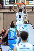 DESCRIZIONE : Final Eight Coppa Italia 2015 Desio Quarti di Finale Banco di Sardegna Sassari vs Vagoli Basket Cremona<br /> GIOCATORE : Hayes Kenny<br /> CATEGORIA :Schiacciata Controcampo<br /> SQUADRA : Vagoli Basket Cremona<br /> EVENTO : Final Eight Coppa Italia 2015 Desio <br /> GARA : Banco di Sardegna Sassari vs Vagoli Basket Cremona<br /> DATA : 20/02/2015 <br /> SPORT : Pallacanestro <br /> AUTORE : Agenzia Ciamillo-Castoria/I.Mancini