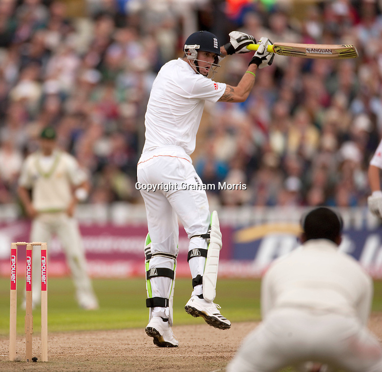 Kevin Pietersen bats during the second npower Test Match between England and Pakistan at Edgbaston, Birmingham.  Photo: Graham Morris (Tel: +44(0)20 8969 4192 Email: sales@cricketpix.com) 06/08/10