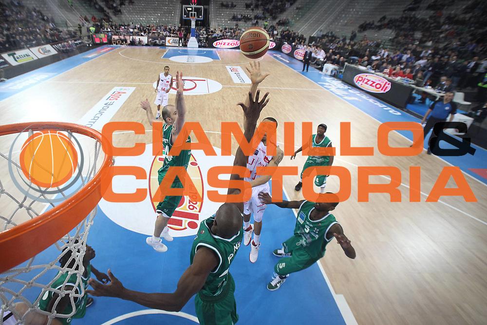 DESCRIZIONE : Torino Coppa Italia Final Eight 2011 Quarti di Finale Armani Jeans Milano Air Avellino<br /> GIOCATORE : Ibrahim Jaaber<br /> SQUADRA : Armani Jeans Milano<br /> EVENTO : Agos Ducato Basket Coppa Italia Final Eight 2011<br /> GARA : Armani Jeans Milano Air Avellino <br /> DATA : 11/02/2011<br /> CATEGORIA : tiro special<br /> SPORT : Pallacanestro<br /> AUTORE : Agenzia Ciamillo-Castoria/C.De Massis<br /> Galleria : Final Eight Coppa Italia 2011<br /> Fotonotizia : Torino Coppa Italia Final Eight 2011 Quarti di Finale Armani Jeans Milano Air Avellino<br /> Predefinita :
