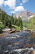View of Maroon Bells, Landscape of Maroon Bells, water, mountains, trees