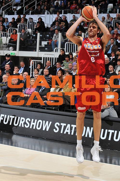 DESCRIZIONE : Bologna Final Eight 2009 Quarti di Finale Lottomatica Virtus Roma La Fortezza Virtus Bologna<br /> GIOCATORE : Angelo Gigli<br /> SQUADRA : Lottomatica Virtus Roma<br /> EVENTO : Tim Cup Basket Coppa Italia Final Eight 2009<br /> GARA : Lottomatica Virtus Roma La Fortezza Virtus Bologna<br /> DATA : 19/02/2009<br /> CATEGORIA : tiro<br /> SPORT : Pallacanestro<br /> AUTORE : Agenzia Ciamillo-Castoria/A.Dealberto