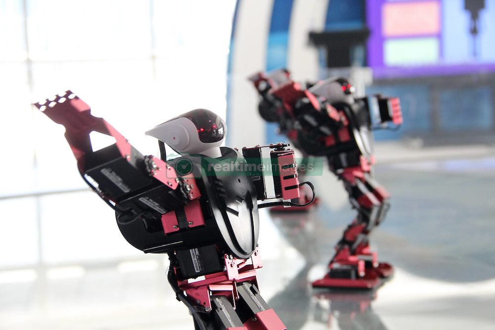 September 20, 2016 - Binzhou, Binzhou, China - Binzhou,CHINA-September 20 2016: (EDITORIAL USE ONLY. CHINA OUT) Eight robots dance at Binzhou Science and Technology Museum in Binzhou, east China¬°¬Øs Shandong Province, September 20,2016. The robots can make various movements including hip-hop dance and Tai Chi. (Credit Image: © SIPA Asia via ZUMA Wire)