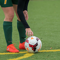 3rd year forward Brianna Wright (7) of the Regina Cougars during the Women's Soccer home game on September 11 at U of R Field. Credit: Arthur Ward/Arthur Images