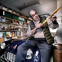 """Nederland, Baarn , 25 februari 2015.<br /> Oud werkgeversvoorzitter en bestuurder Andre Testa in zijn z.g. """"kraaienest"""" (piepkein kamertje), de men cave van dhr. Tessta<br /> Foto:Jean-Pierre Jans"""