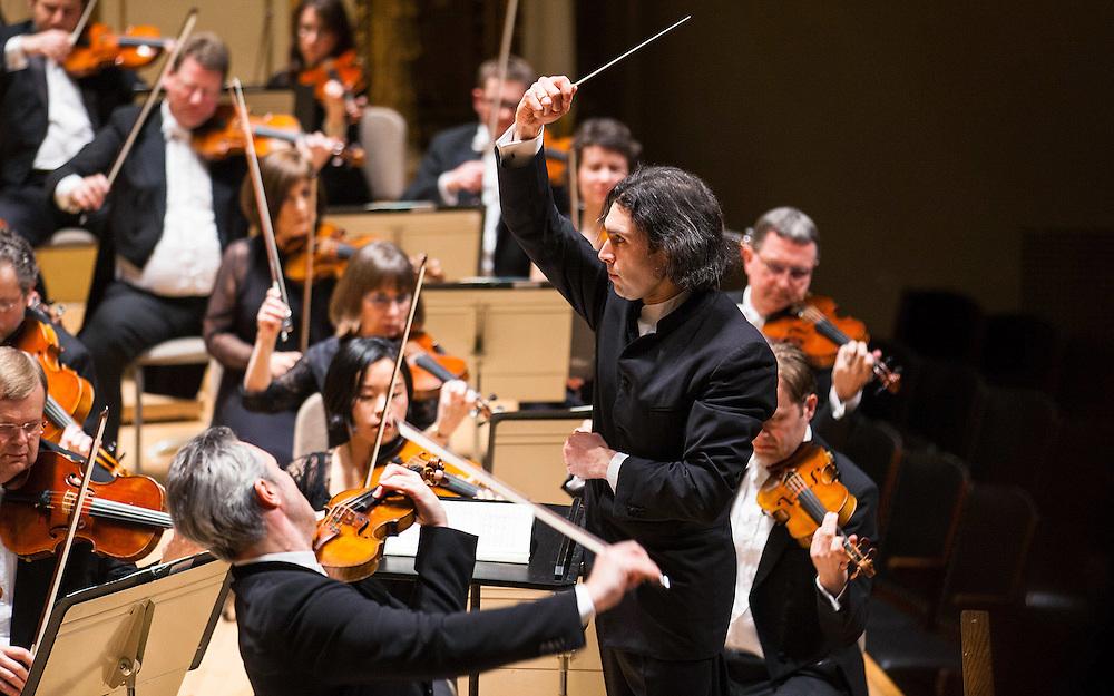 Vladimir Jurowski and London Philharmonic Orchestra, Vadim Repin, violin soloist