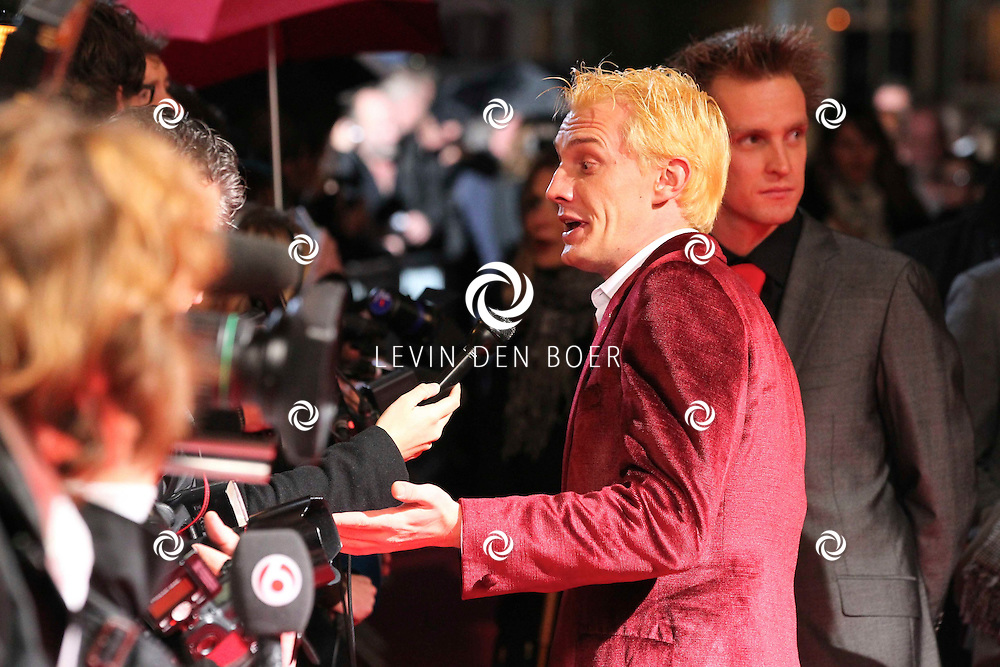 AMSTERDAM - De film Sint van regisseur Dick Maas gaat woensdag in het Muziektheater in Amsterdam in premiere. Met op de foto Martijn van Nellestijn. FOTO LEVIN DEN BOER - PERSFOTO.NU