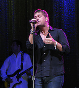 """**EXCLUSIVE**.Singer Rob Thomas Performing.""""A Night In The Hamptons"""" to benefit the Andre .Agassi Charitable Foundation..The Ross School.East Hampton, NY, USA.Saturday, August 16, 2008.Photo By Celebrityvibe.com.To license this image please call (212) 410 5354; or Email: celebrityvibe@gmail.com ;.website: www.celebrityvibe.com"""
