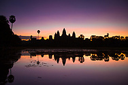 Sunrise in Angkor wat. <br />