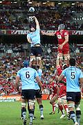 Dean Mumm wins a lineout. Queensland Reds v NSW Waratahs. Investec Super Rugby Round 10 Match, 24 April 2011. Suncorp Stadium, Brisbane, Australia. Reds won 19-15. Photo: Clay Cross / photosport.co.nz