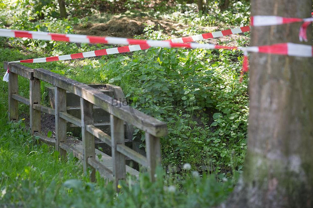 Berlin, Germany - 18.05.2017<br /> <br /> Murder in Berlin-Reinickendorf. A 19-year-old woman was killed in a small wooded area on the Hoellentalweg.<br /> <br /> Mord in Berlin-Reinickendorf. In einem kleinen Waldstueck am Hoellentalweg wurde eine 19-jaehrige Frau getoetet.<br /> <br /> Photo: Bjoern Kietzmann