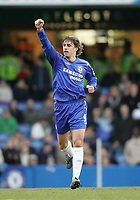 Photo: Lee Earle.<br /> Chelsea v Birmingham City. The Barclays Premiership.<br /> 31/12/2005.<br /> Chelsea's Hernan Crespo celebrtates scoring their opening goal.