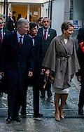 Le Roi Philippe et la Reine Mathilde &eacute;taient &agrave; Mons dans le cadre de l'inauguration de la ville comme capitale de l'Europe de la culture. Les souverains ont &eacute;galement inaugur&eacute;s l'exposition Van Gogh en pr&eacute;sence des autorit&eacute;s locales dont Monsieur Di Rupo (ancien premier ministre)<br /> Mons, Belgique, le 24 janvier 2015<br /> King Philip and Queen Mathilde were in Mons as part of the inauguration of the city as the capital of the culture of Europe. Sovereign also inaugurated the Van Gogh exhibition in the presence of local authorities which Mr Di Rupo (former Prime Minister)<br /> Mons, Belgium, January 24, 2015