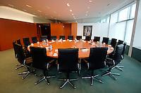 19 SEP 2006, BERLIN/GERMANY:<br /> Sitzungssaal Kleine Lage, Bundeskanzleramt<br /> IMAGE: 20060919-01-002
