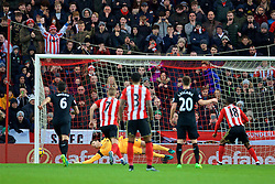 SUNDERLAND, ENGLAND - Monday, January 2, 2017: Sunderland's Jermain Defoe scores the first equalising goal from the penalty spot past Liverpool's goalkeeper Simon Mignolet during the FA Premier League match at the Stadium of Light. (Pic by David Rawcliffe/Propaganda)