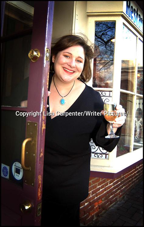 Jennifer Weiner<br /> <br /> copyright Lisa Carpenter/Writer Pictures<br /> contact +44 (0)20 822 41564<br /> info@writerpictures.com<br /> www.writerpictures.com