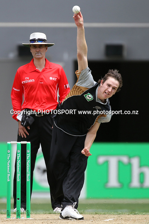 New Zealand bowler Adam Milne. Twenty20 International Cricket match between The New Zealand Black Caps and Pakistan at Eden Park on Boxing Day, Sunday 26 December 2010. Photo: Andrew Cornaga/photosport.co.nz