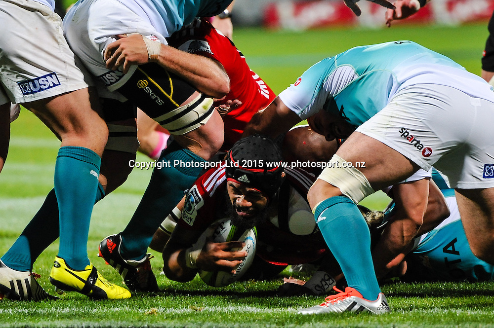 Jordan Taufua of the Crusaders scores a try during the Super Rugby match, Crusaders v Cheetahs, 21 March 2015 at AMI Stadium, Christchurch. Copyright Photo: John Davidson / www.Photosport.co.nz