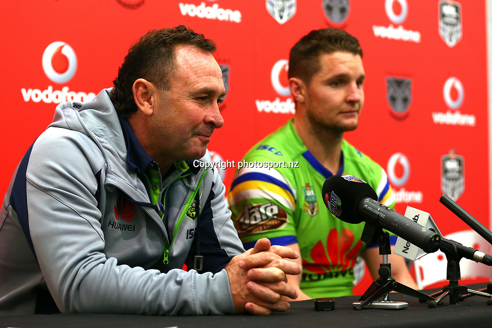 Ricky Stuart and Jarrod Croker. Vodafone Warriors v Canberra Raiders, Round 23 of the 2017 NRL Rugby League Premiership season at Mt Smart Stadium, Auckland, New Zealand. 13 August 2017. Copyright photo: Renee McKay / www.photosport.nz