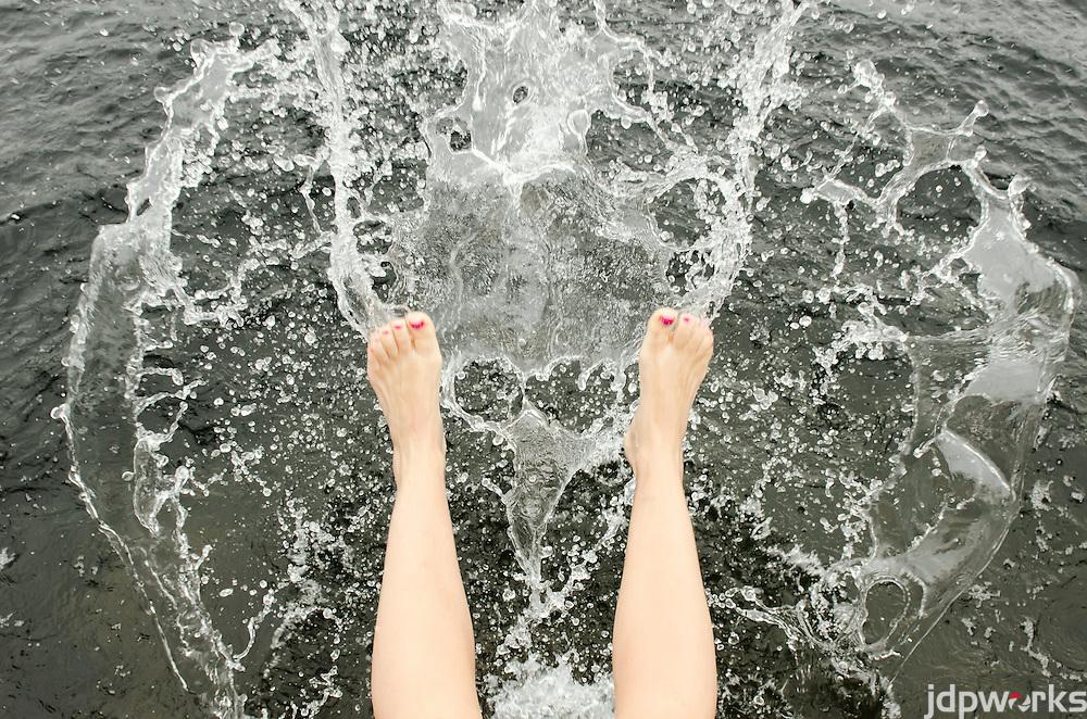 Happy Feet Splashing