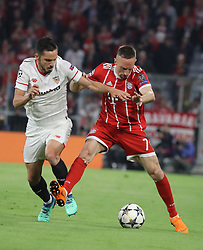 11.04.2018, Allianz Arena, Muenchen, GER, UEFA CL, FC Bayern Muenchen vs Sevilla FC, Viertelfinale, R&uuml;ckspiel, im Bild Franck Ribery und Jesus Navas // during the UEFA Champions League Quarterfinal, 2nd leg Match between FC Bayern Muenchen vs Sevilla FC at the Allianz Arena in Muenchen, Germany on 2018/04/11. EXPA Pictures &copy; 2018, PhotoCredit: EXPA/ SM<br /> <br /> *****ATTENTION - OUT of GER*****