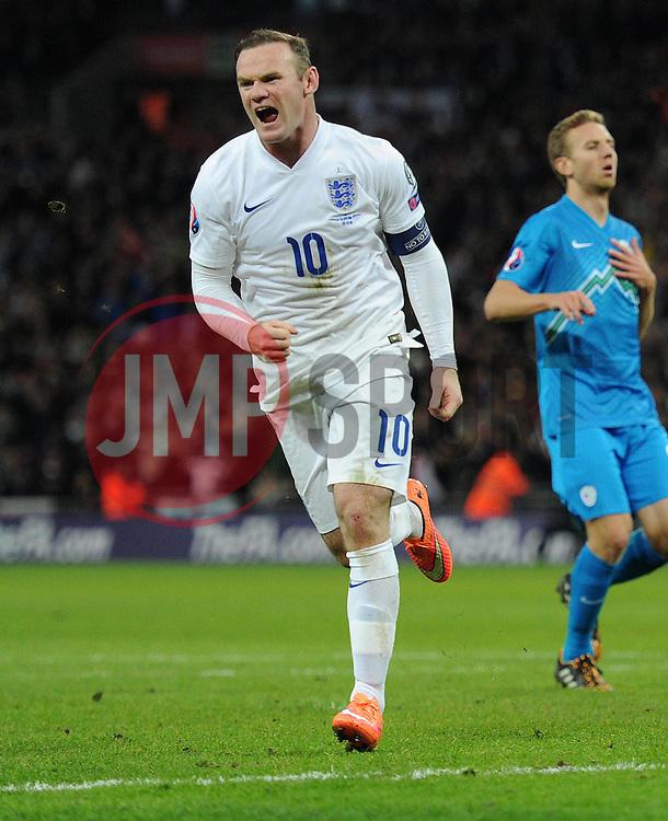 Wayne Rooney of England (Manchester United) celebrates.  - Photo mandatory by-line: Alex James/JMP - Mobile: 07966 386802 - 15/11/2014 - SPORT - Football - London - Wembley - England v Slovenia - EURO 2016 Qualifier