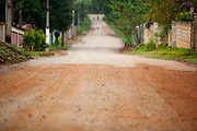 Extrema_MG, Brasil...Estrada de asfalto e de terra em Extrema...The dirty and asphalt road in Extrema...Foto: LEO DRUMOND / NITRO....