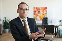29 APR 2014, BERLIN/GERMANY:<br /> Heiko Maas, SPD, Bundesminister fuer Justiz und Verbraucherschutz, waehrend einem Interview, in seinem Buero, Bundesministerium fuer Justiz und Verbraucherschutz<br /> IMAGE: 20140429-01-017<br /> KEYWORDS: Büro, Bundesjustizminister
