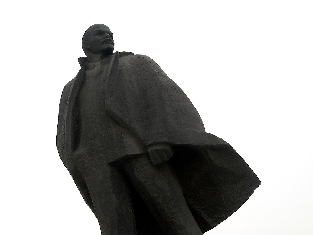 Nowosibirsk/Russische Foederation, RUS, 19.11.07: Die Lenin Statue am Lenin Platz im Zentrum der sibirischen Hauptstadt Nowosibirsk.<br /> <br /> Novosibirsk/Russian Federation, RUS, 19.11.07: The Lenin statue at Lenin Square in the center of the Sibirian capitol Novosibirsk.
