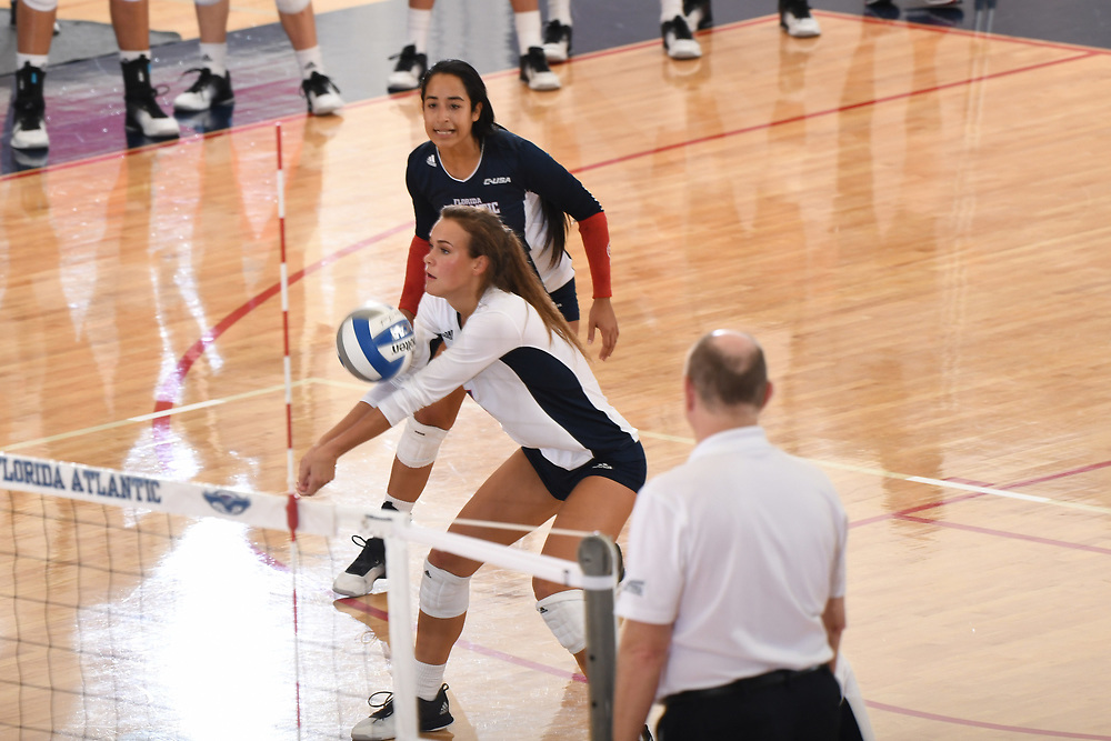 2016 FAU Volleyball vs Bethune Cookman