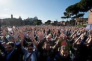 2013/04/21 Roma, manifestazione del Movimento 5 Stelle. Nella foto i manifestanti in corteo..Rome, Movimento 5 Stelle (Five stars movement) demo. In the picture the protesters march in- © PIERPAOLO SCAVUZZO