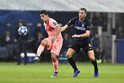 November 6, 2018 - Milan, Milan, Italy - Stefan de Vrij of Inter Milan and Luis Suárez of Barcelona  fights for the ball during the UEFA Champions League Group Stage match between Inter Milan and Barcelona at Stadio San Siro, Milan, Italy on 6 November 2018. Photo by Giuseppe Maffia. (Credit Image: © AFP7 via ZUMA Wire)