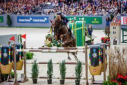 VENISS Pedro (BRA), Quabri de L Isle<br /> Genf - CHI Geneve Rolex Grand Slam 2019<br /> Rolex Grand Prix<br /> Internationale Springprüfung mit Stechen<br /> International Jumping Competition 1m60<br /> Grand Prix Against the Clock with Jump-Off<br /> 15. Dezember 2019<br /> © www.sportfotos-lafrentz.de/Stefan Lafrentz