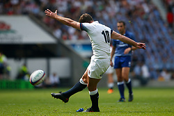 George Ford of England kicks a conversion - Mandatory by-line: Ryan Hiscott/JMP - 27/05/2018 - RUGBY - Twickenham Stadium - London, England - England v Barbarians - Quilter Cup
