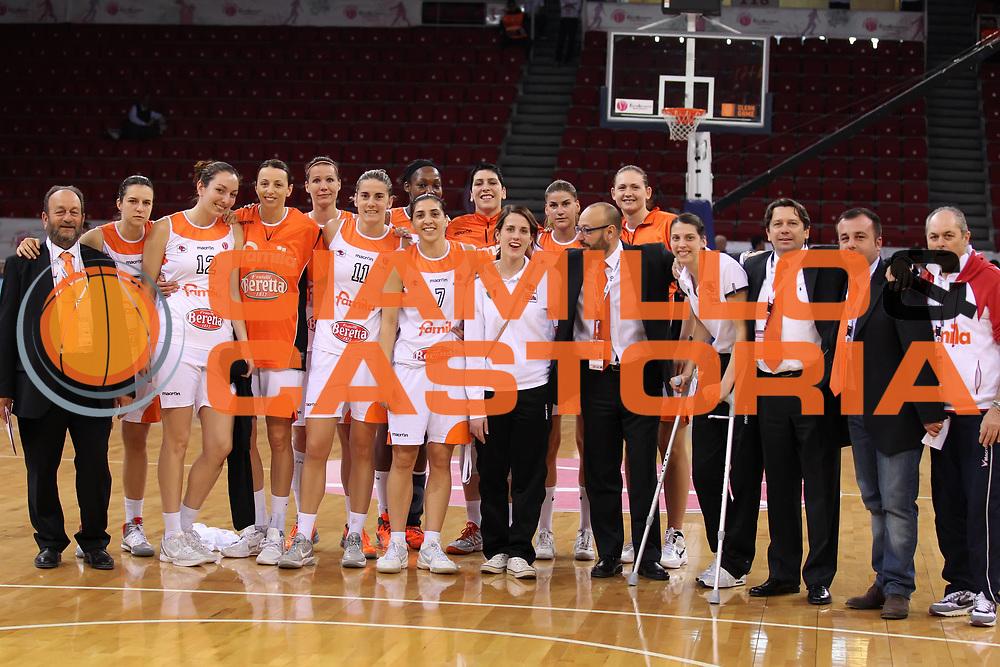 DESCRIZIONE : Istanbul Fiba Europe Euroleague Women 2011-2012 Final Eight Beretta Famila Schio Wisla Can-Pack<br /> GIOCATORE : il gruppo the team<br /> SQUADRA : Beretta Famila Schio<br /> EVENTO : Euroleague Women<br /> 2011-2012<br /> GARA : Beretta Famila Schio Wisla Can-Pack<br /> DATA : 01/04/2012<br /> CATEGORIA : <br /> SPORT : Pallacanestro <br /> AUTORE : Agenzia Ciamillo-Castoria/ElioCastoria<br /> Galleria : Fiba Europe Euroleague Women 2011-2012 Final Eight<br /> Fotonotizia : Istanbul Fiba Europe Euroleague Women 2011-2012 Final Eight Beretta Famila Schio Wisla Can-Pack<br /> Predefinita :