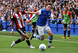 Adam Reach of Sheffield Wednesday and George Baldock of Sheffield United - Mandatory by-line:  Matt McNulty/JMP - 24/09/2017 - FOOTBALL - Hillsborough - Sheffield, England - Sheffield Wednesday v Sheffield United - Sky Bet Championship