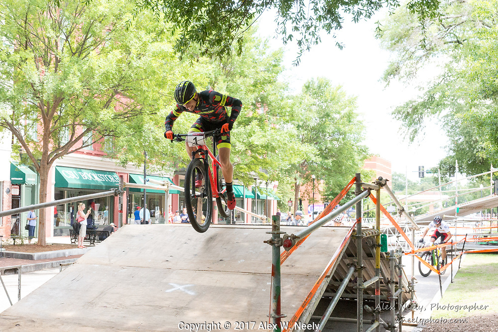 Simon Rogier (#1 FRA) has a commanding lead during the second heat of the 1/2 finals during Round 2 of the 2017 UCI MTB Eliminator World Cup held in Columbus, GA, USA on June 4, 2017.