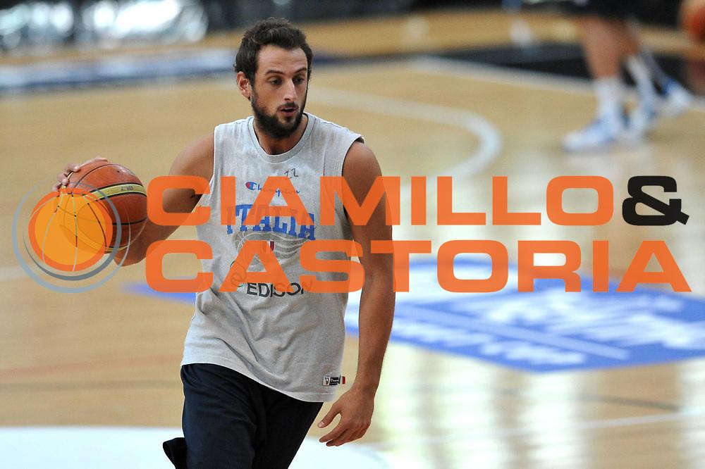 DESCRIZIONE : Trento Trentino Basket Cup Nazionale Italia Maschile <br /> GIOCATORE : Marco Stefano Bellinelli<br /> CATEGORIA : Allenamento<br /> SQUADRA : Nazionale Italia <br /> EVENTO :  Trento Trentino Basket Cup<br /> GARA : Allenamento<br /> DATA : 07/08/2013<br /> SPORT : Pallacanestro<br /> AUTORE : Agenzia Ciamillo-Castoria/V.Tasco<br /> Galleria : FIP Nazionali 2013<br /> Fotonotizia : Trento Trentino Basket Cup Nazionale Italia Maschile<br /> Predefinita :