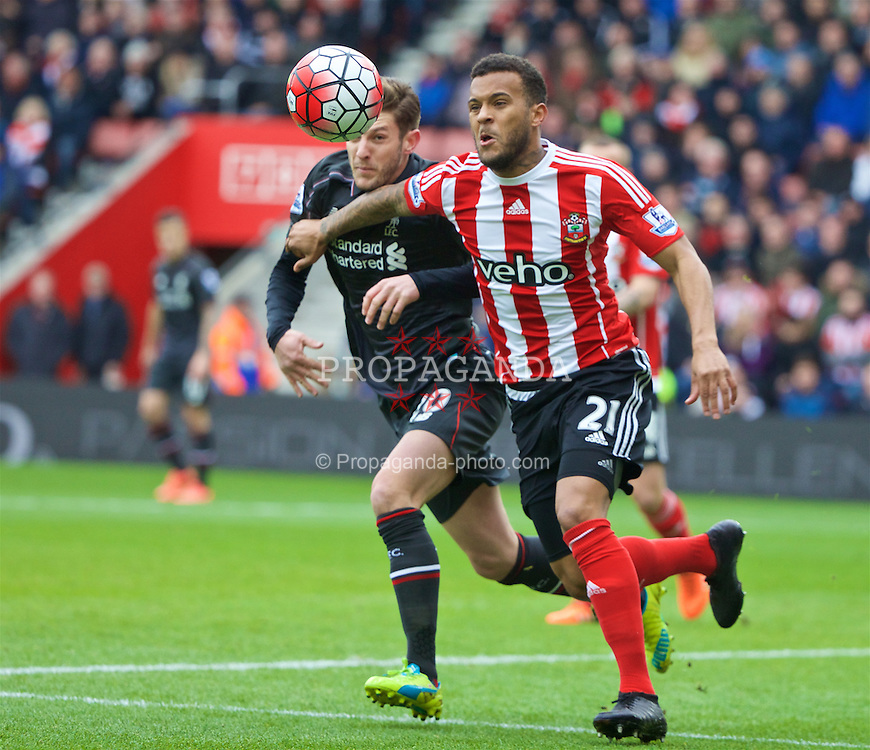 SOUTHAMPTON, ENGLAND - Sunday, March 20, 2016: Liverpool's Roberto Firmino in action against Southampton's Ryan Bertrand during the FA Premier League match at St Mary's Stadium. (Pic by David Rawcliffe/Propaganda)
