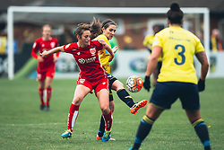 Chloe Arthur of Bristol City Women in action - Rogan Thomson/JMP - 06/11/2016 - FOOTBALL - The Northcourt Stadium - Abingdon-on-Thames, England - Oxford United Women v Bristol City Women - FA Women's Super League 2.