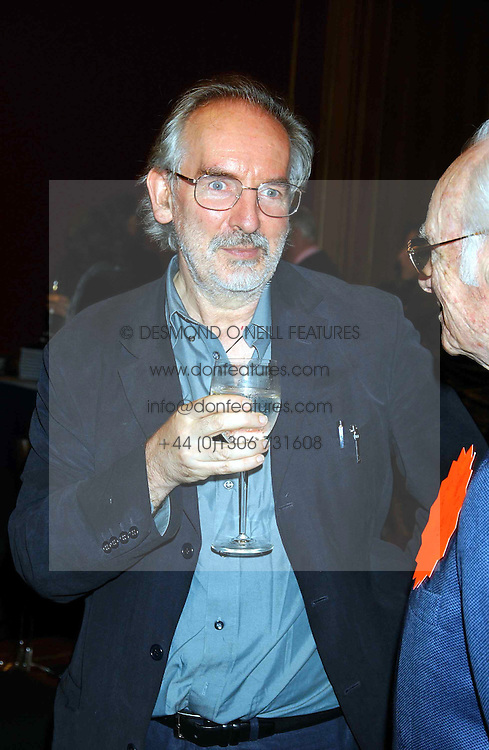 Illustrator ALAN LEE at a private view and auction of a collection of paintings, drawings and doodles by well known personalities to mark the Book launch of Ackroyd's Ark in Christie's, 8 King Street, St.James's, London on 20th September 2004 in aid of Tusk Trust.<br />