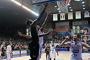 DESCRIZIONE: Cantu' Lega A 2015-16 <br /> Acqua Vitasnella Cantu' vs  Pasta Reggia Juve Caserta<br /> GIOCATORE: Dario Hunt<br /> CATEGORIA: schiacciata sequenza<br /> SQUADRA: Pasta Reggia Juve Caserta<br /> EVENTO: Campionato Lega A 2015-2016<br /> GARA: Acqua Vitasnella Cantu' Pasta Reggia Juve Caserta<br /> DATA: 13.02.2016<br /> SPORT: Pallacanestro<br /> AUTORE: Agenzia Ciamillo-Castoria/A. Ossola<br /> Galleria: Lega Basket A 2015-2016<br /> Fotonotizia: Cantu' Lega A 2015-16 <br /> Acqua Vitasnella Cantu' Pasta Reggia Juve Caserta