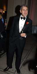 STUART ROSE at the 2004 British Fashion Awards held at Thhe V&A museum, London on 2nd November 2004.<br /><br />NON EXCLUSIVE - WORLD RIGHTS