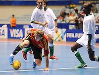 Fussball  International  FIFA  FUTSAL WM 2008   03.10.2008 Vorrunde Gruppe D Libya - Spain Lybien - Spanien MARCELO li, (ESP) gegen Nagi ABDALLA (LBY)