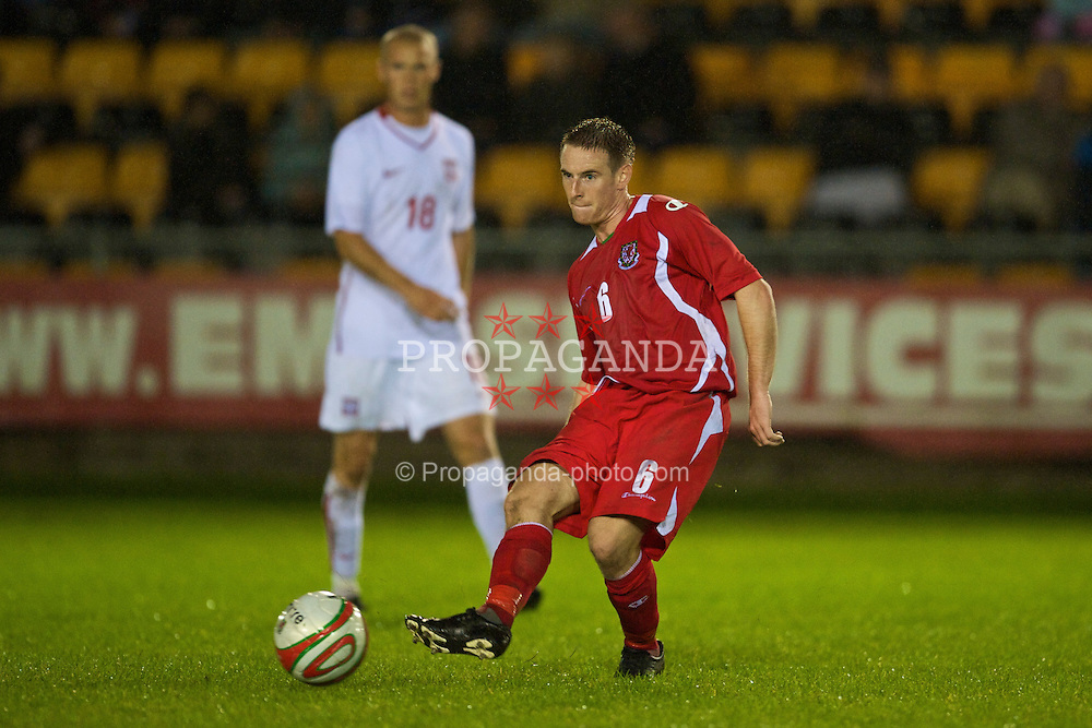 CAMARTHEN, WALES - Tuesday, September 8, 2009: Wales' Ashley Williams in action against Poland during the Under-23 Semi-Professional friendly match at Richmond Park. (Pic by David Rawcliffe/Propaganda)