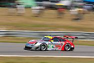 #45 Flying Lizard Motorsports Porsche 911 GT3 RSR: Jorg Bergneister, Patrick Long